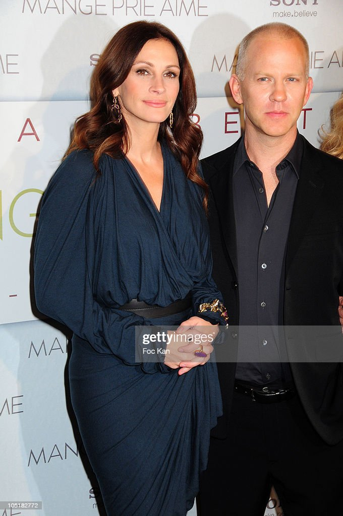 Actress <a gi-track='captionPersonalityLinkClicked' href=/galleries/search?phrase=Julia+Roberts&family=editorial&specificpeople=202605 ng-click='$event.stopPropagation()'>Julia Roberts</a> and director Ryan Murphy attend the 'Mange, Prie et Aime' (Eat, Pray, Love) - Paris Premiere at Cinema UGC Normandie on September 19, 2010 in Paris, France.