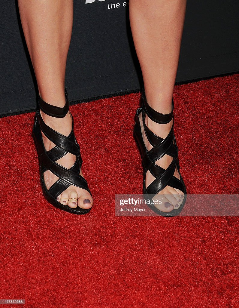 Actress <a gi-track='captionPersonalityLinkClicked' href=/galleries/search?phrase=Julia+Roberts&family=editorial&specificpeople=202605 ng-click='$event.stopPropagation()'>Julia Roberts</a> (shoe detail) at the 'August: Osage County' - Los Angeles Premiere at Regal Cinemas L.A. Live on December 16, 2013 in Los Angeles, California.