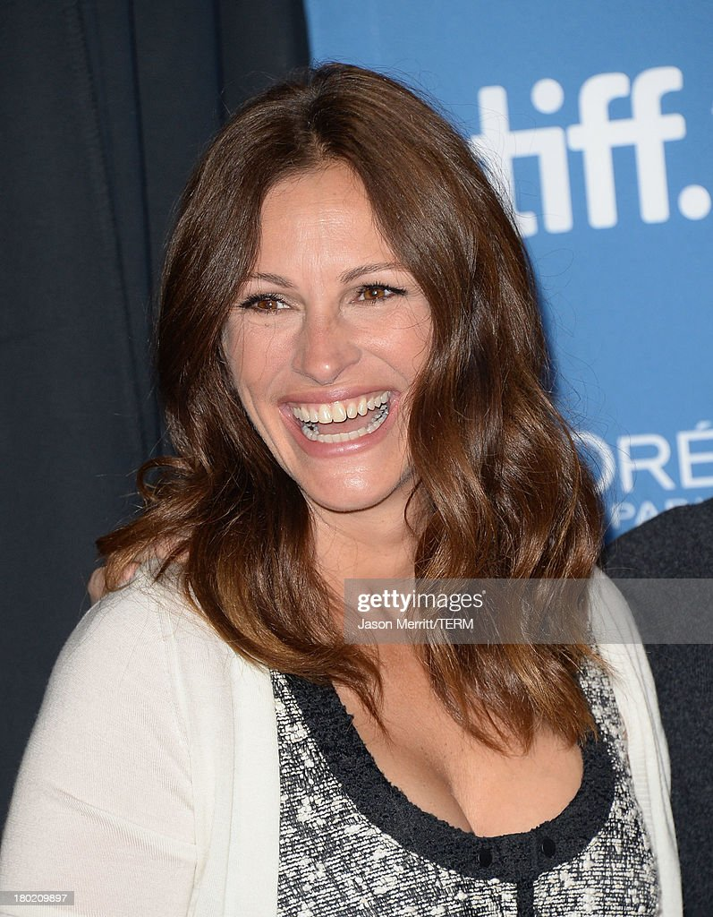 Actress <a gi-track='captionPersonalityLinkClicked' href=/galleries/search?phrase=Julia+Roberts&family=editorial&specificpeople=202605 ng-click='$event.stopPropagation()'>Julia Roberts</a> attends 'August: Osage County' Press Conference during the 2013 Toronto International Film Festival at TIFF Bell Lightbox on September 10, 2013 in Toronto, Canada.