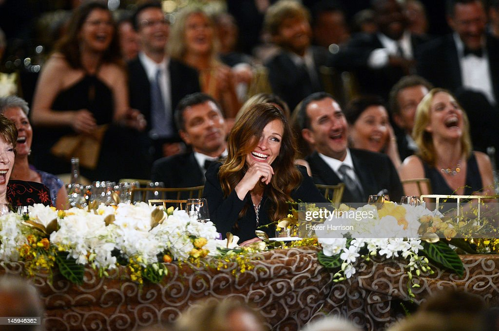 Actress Julia Roberts attends the 40th AFI Life Achievement Award honoring Shirley MacLaine held at Sony Pictures Studios on June 7, 2012 in Culver City, California. The AFI Life Achievement Award tribute to Shirley MacLaine will premiere on TV Land on Saturday, June 24 at 9PM