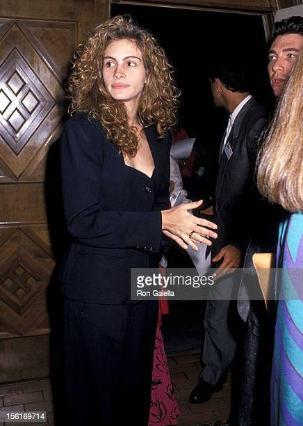 Actress Julia Roberts attends the Fourth Annual IFP/West Independent Spirit Awards on March 25 1989 at the Hollywood Roosevelt Hotel in Hollywood...