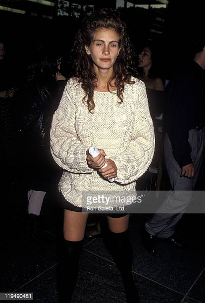 Actress Julia Roberts attends the 'Great Balls of Fire' West Hollywood Premiere on June 29 1989 at the DGA Theatre in West Hollywood California
