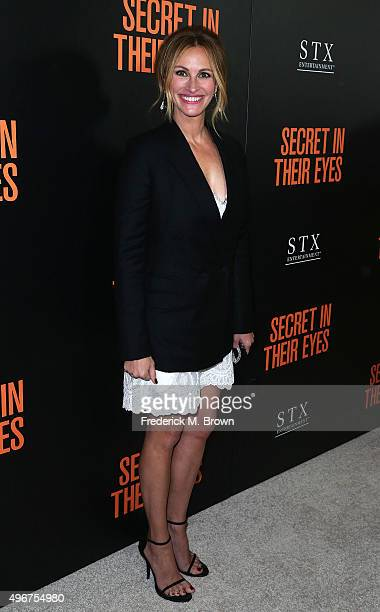 Actress Julia Roberts attends the Premiere of STX Entertainment's 'Secret In Their Eyes' at the Hammer Museum on November 11 2015 in Westwood...