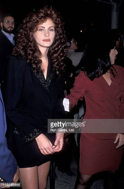 Actress Julia Roberts attends the 'Steel Magnolias' Century City Premiere on November 9 1989 at Cineplex Odeon Century Plaza Cinemas in Century City...