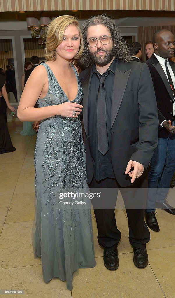 Actress Julia Stiles (L) and actor Judah Friedlander attend The Weinstein Company's SAG Awards After Party Presented By FIJI Water at Sunset Tower on January 27, 2013 in West Hollywood, California.