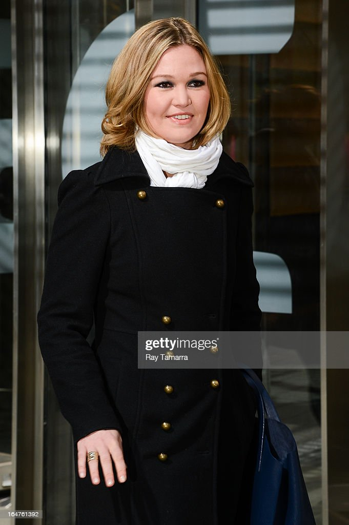 Actress Julia Stiles leaves the 'Big Morning Buzz' taping at the VH1 Studios on March 27, 2013 in New York City.