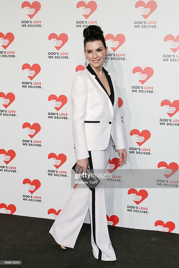 Actress Julianna Margulies attends the 2013 God's Love We Deliver 2013 Golden Heart Awards Celebration at Spring Studios on October 16, 2013 in New York City.