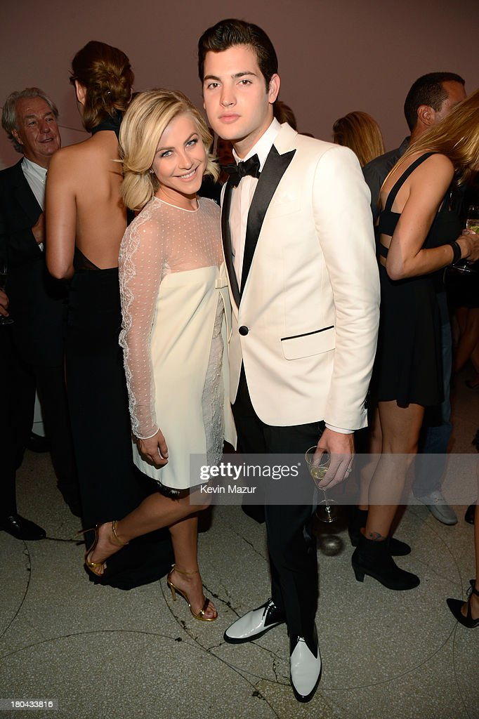 Actress <a gi-track='captionPersonalityLinkClicked' href=/galleries/search?phrase=Julianne+Hough&family=editorial&specificpeople=4237560 ng-click='$event.stopPropagation()'>Julianne Hough</a> (L) and Peter Brant Jr. attend the Estee Lauder 'Modern Muse' Fragrance Launch Party at the Guggenheim Museum on September 12, 2013 in New York City.