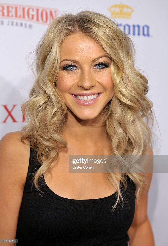 Actress Julianne Hough arrives at Maxim's 10th Annual Hot 100 Celebration Presented by Dr Pepper Cherry, True Religion Brand Jeans, Stolichnaya Vodka and Corona held at Barker Hangar on May 13, 2009 in Santa Monica, California.