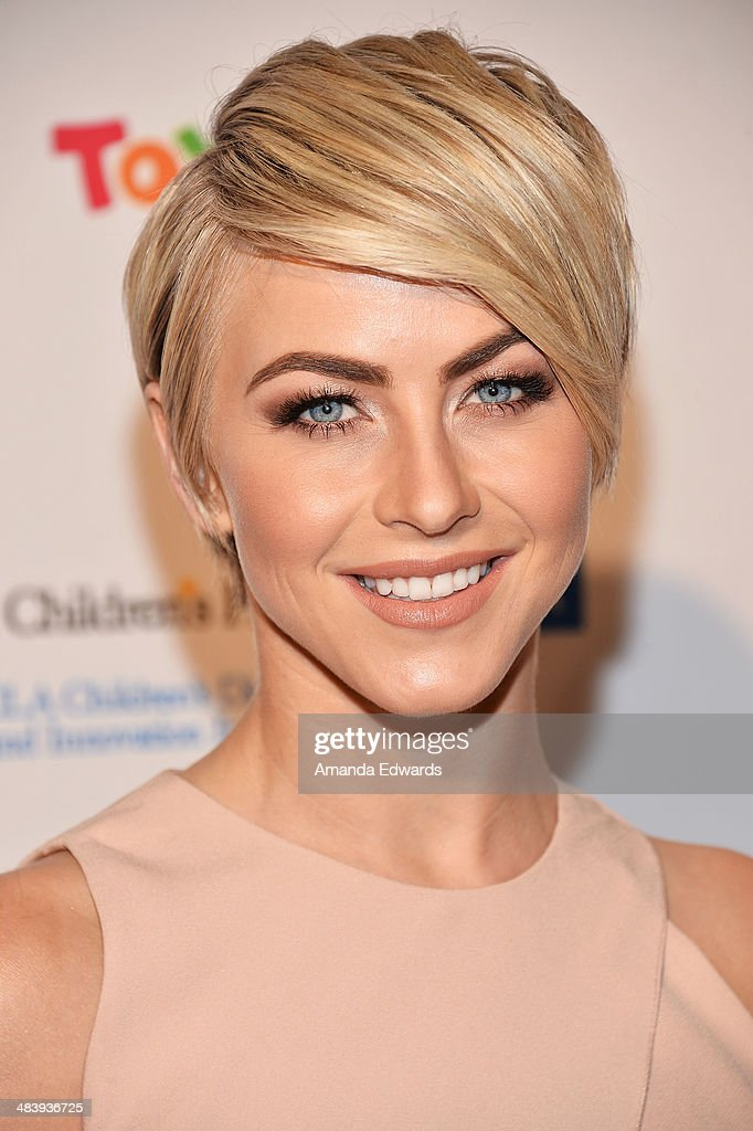 Actress <a gi-track='captionPersonalityLinkClicked' href=/galleries/search?phrase=Julianne+Hough&family=editorial&specificpeople=4237560 ng-click='$event.stopPropagation()'>Julianne Hough</a> arrives at the Kaleidoscope Ball - Designing The Sweet Side Of L.A. event at The Beverly Hills Hotel on April 10, 2014 in Beverly Hills, California.
