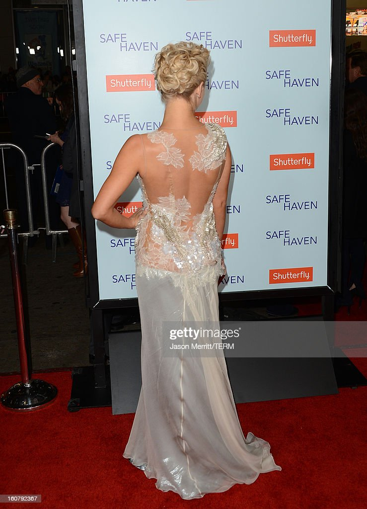 Actress Julianne Hough arrives at the premiere of Relativity Media's 'Safe Haven' at TCL Chinese Theatre on February 5, 2013 in Hollywood, California.