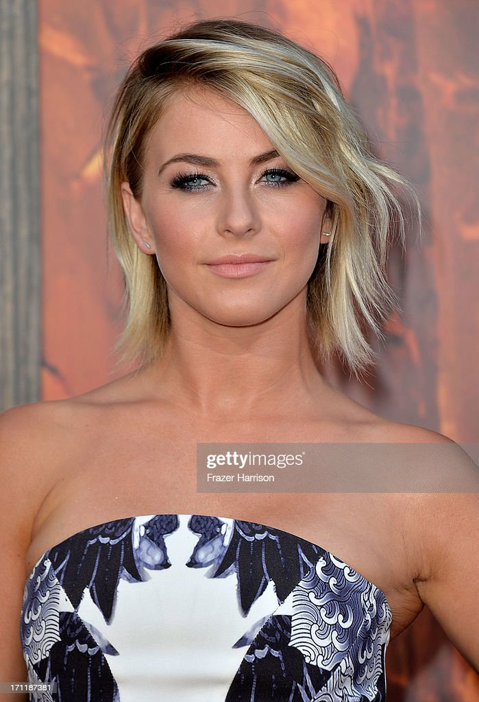 Actress <a gi-track='captionPersonalityLinkClicked' href=/galleries/search?phrase=Julianne+Hough&family=editorial&specificpeople=4237560 ng-click='$event.stopPropagation()'>Julianne Hough</a> arrives at the premiere of Walt Disney Pictures' 'The Lone Ranger' at Disney California Adventure Park on June 22, 2013 in Anaheim, California.