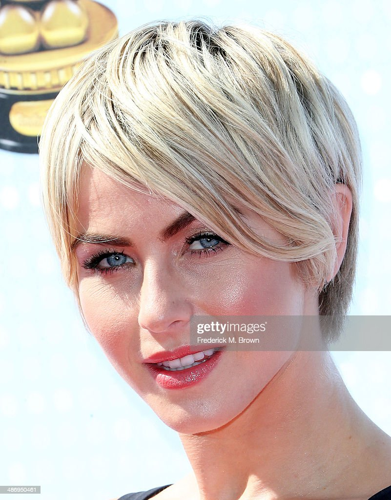 Actress <a gi-track='captionPersonalityLinkClicked' href=/galleries/search?phrase=Julianne+Hough&family=editorial&specificpeople=4237560 ng-click='$event.stopPropagation()'>Julianne Hough</a> attends the 2014 Radio Disney Music Awards at the Nokia Theatre L.A. Live on April 26, 2014 in Los Angeles, California.