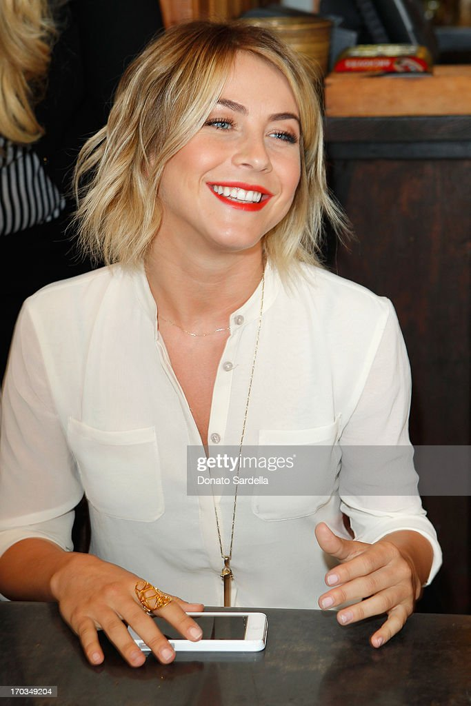 Actress <a gi-track='captionPersonalityLinkClicked' href=/galleries/search?phrase=Julianne+Hough&family=editorial&specificpeople=4237560 ng-click='$event.stopPropagation()'>Julianne Hough</a> attends the Paper Denim & Cloth and Baby2Baby Luncheon at Son Of A Gun on June 11, 2013 in Los Angeles, California.