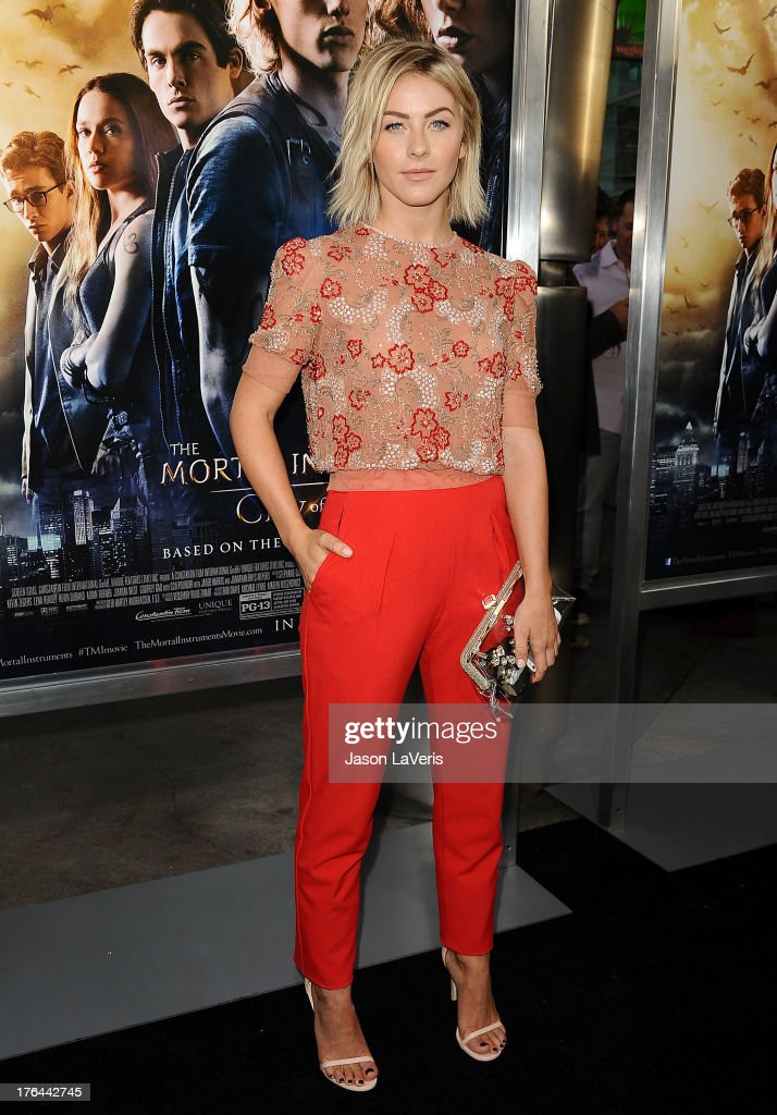 Actress <a gi-track='captionPersonalityLinkClicked' href=/galleries/search?phrase=Julianne+Hough&family=editorial&specificpeople=4237560 ng-click='$event.stopPropagation()'>Julianne Hough</a> attends the premiere of 'The Mortal Instruments: City Of Bones' at ArcLight Cinemas Cinerama Dome on August 12, 2013 in Hollywood, California.