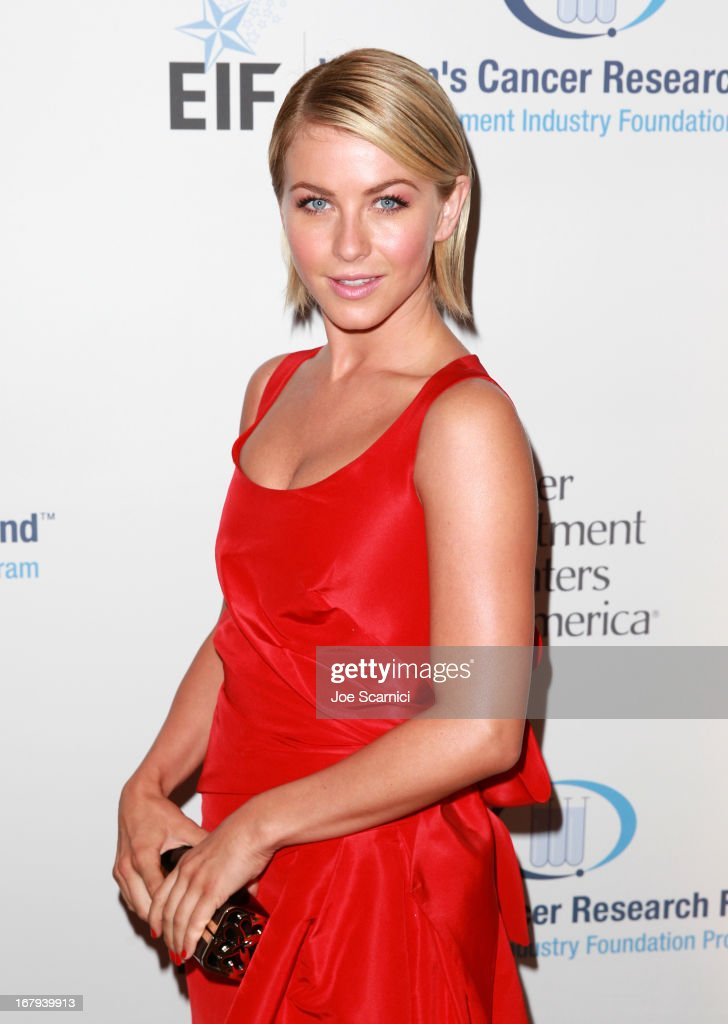 "Actress <a gi-track='captionPersonalityLinkClicked' href=/galleries/search?phrase=Julianne+Hough&family=editorial&specificpeople=4237560 ng-click='$event.stopPropagation()'>Julianne Hough</a> wearing Carolina Herrera, attends EIF Women's Cancer Research Fund's 16th Annual ""An Unforgettable Evening"" presented by Saks Fifth Avenue at the Beverly Wilshire Four Seasons Hotel on May 2, 2013 in Beverly Hills, California."