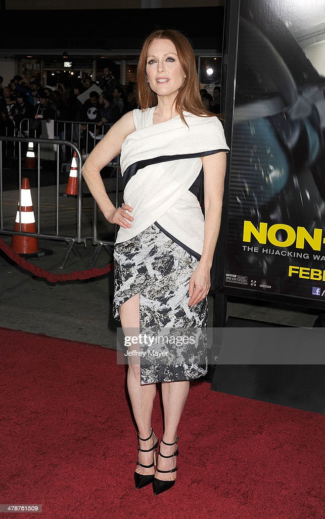 Actress <a gi-track='captionPersonalityLinkClicked' href=/galleries/search?phrase=Julianne+Moore&family=editorial&specificpeople=171555 ng-click='$event.stopPropagation()'>Julianne Moore</a> arrives at the 'Non-Stop' at Regency Village Theatre on February 24, 2014 in Westwood, California.