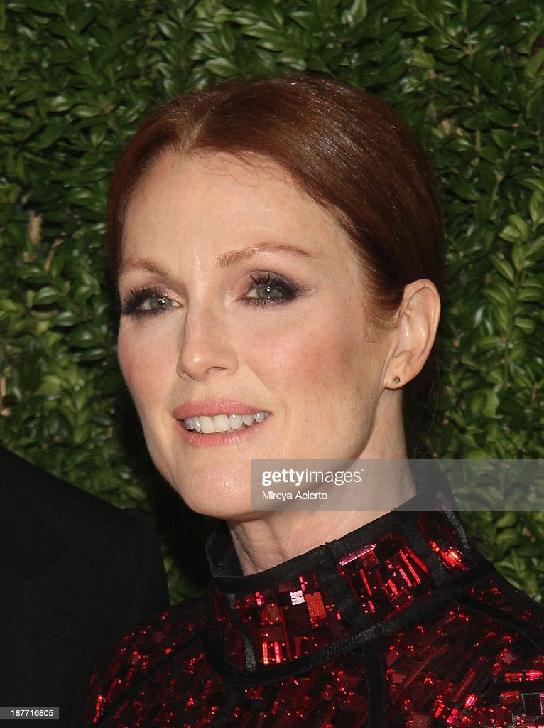 Actress Julianne Moore attends CFDA and Vogue 2013 Fashion Fund Finalists Celebration at Spring Studios on November 11, 2013 in New York City.