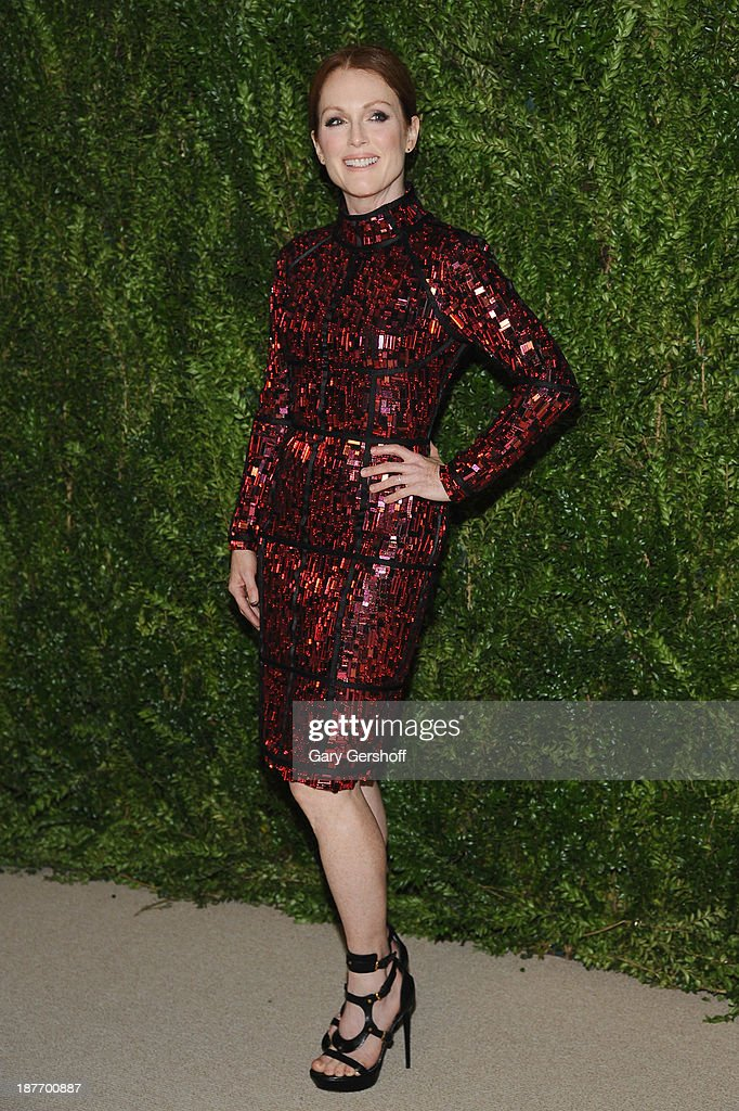 Actress <a gi-track='captionPersonalityLinkClicked' href=/galleries/search?phrase=Julianne+Moore&family=editorial&specificpeople=171555 ng-click='$event.stopPropagation()'>Julianne Moore</a> attends The CFDA and Vogue 2013 Fashion Fund Finalists Celebration at Spring Studios on November 11, 2013 in New York City.