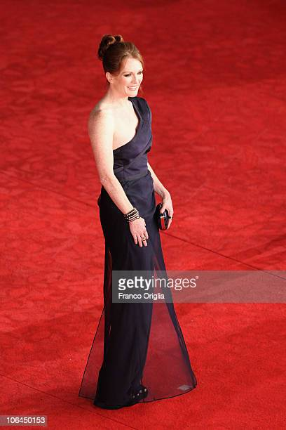 Actress Julianne Moore attends 'The Kids Are All Right' Premiere at Auditorium Parco Della Musica on November 2 2010 in Rome Italy