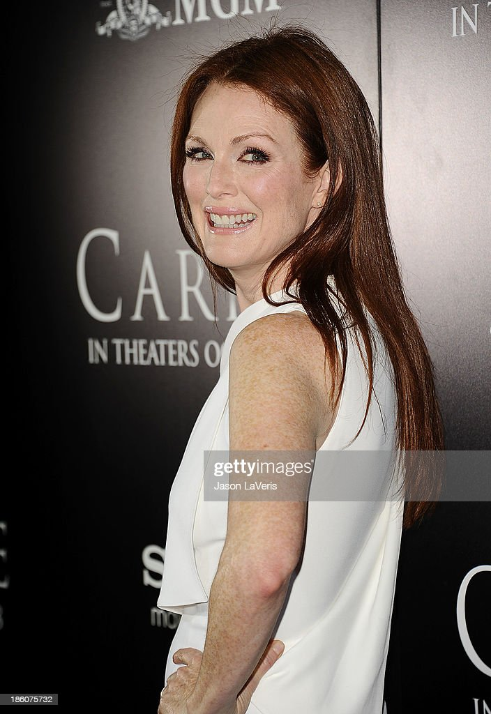 Actress <a gi-track='captionPersonalityLinkClicked' href=/galleries/search?phrase=Julianne+Moore&family=editorial&specificpeople=171555 ng-click='$event.stopPropagation()'>Julianne Moore</a> attends the premiere of 'Carrie' at ArcLight Hollywood on October 7, 2013 in Hollywood, California.
