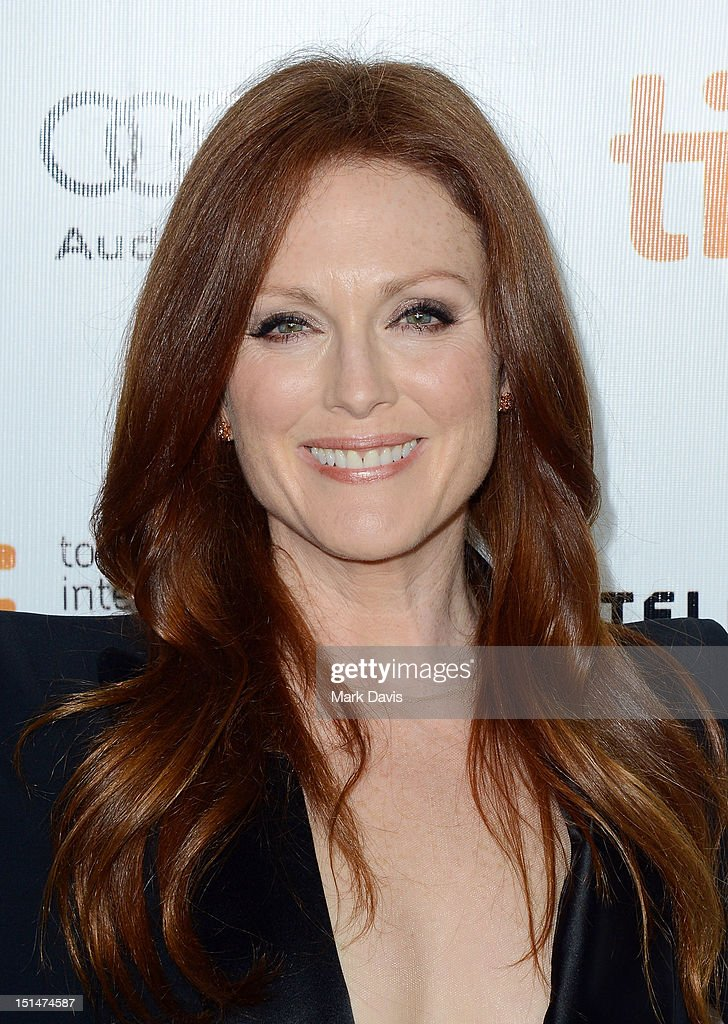 Actress <a gi-track='captionPersonalityLinkClicked' href=/galleries/search?phrase=Julianne+Moore&family=editorial&specificpeople=171555 ng-click='$event.stopPropagation()'>Julianne Moore</a> attends the 'What Maisie Knew' premiere during the 2012 Toronto International Film Festival at Roy Thomson Hall on September 7, 2012 in Toronto, Canada.