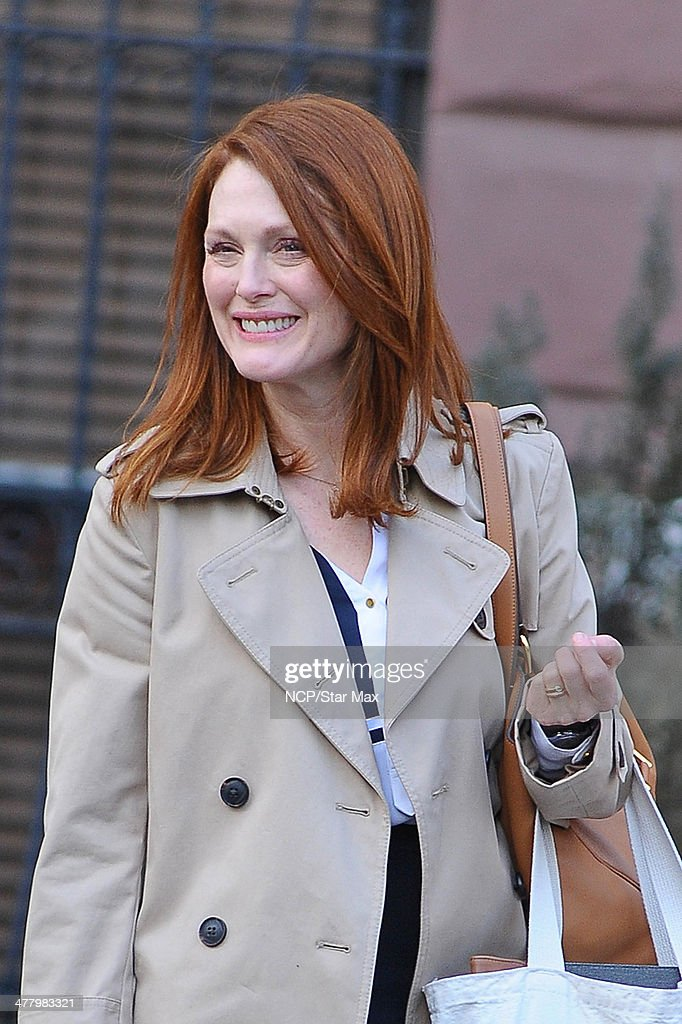 Actress <a gi-track='captionPersonalityLinkClicked' href=/galleries/search?phrase=Julianne+Moore&family=editorial&specificpeople=171555 ng-click='$event.stopPropagation()'>Julianne Moore</a> is seen on March 11, 2014 in New York City.
