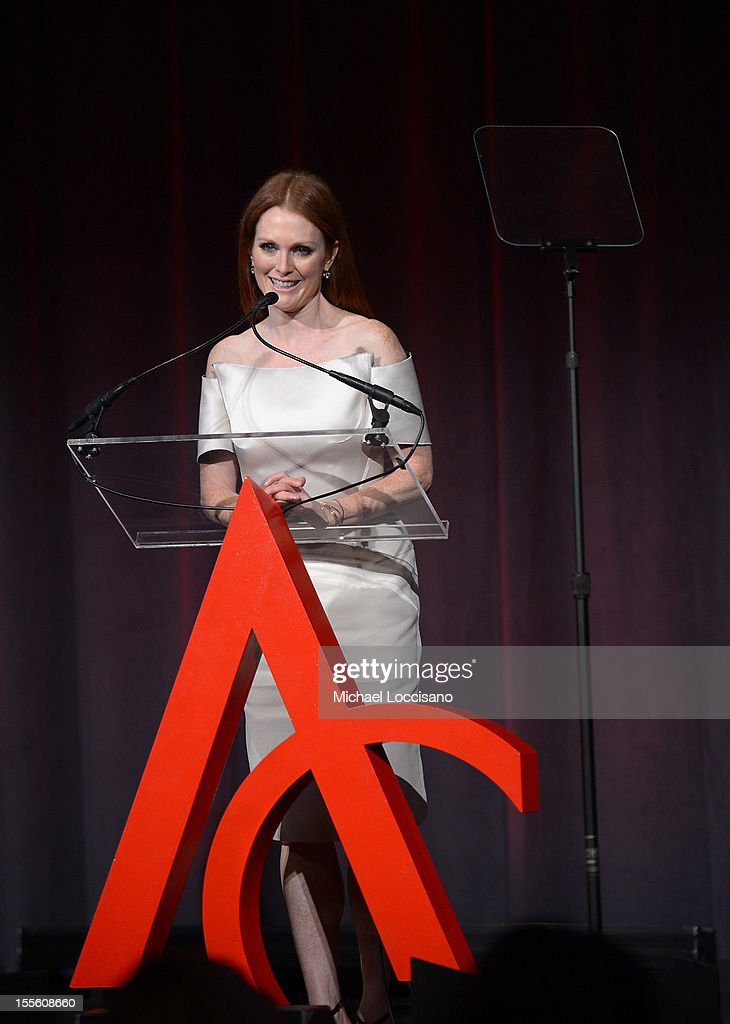 Actress <a gi-track='captionPersonalityLinkClicked' href=/galleries/search?phrase=Julianne+Moore&family=editorial&specificpeople=171555 ng-click='$event.stopPropagation()'>Julianne Moore</a> presents the award for Designer of the Year at the 16th Annual ACE Awards presented by the Accessories Council at Cipriani 42nd Street on November 5, 2012 in New York City.