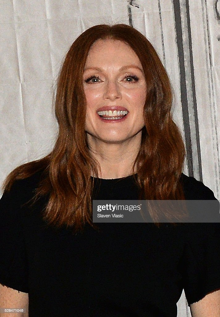 Actress <a gi-track='captionPersonalityLinkClicked' href=/galleries/search?phrase=Julianne+Moore&family=editorial&specificpeople=171555 ng-click='$event.stopPropagation()'>Julianne Moore</a> visits AOL Build to talk about her new movie ''Maggies Plan' at AOL Studios In New York on May 5, 2016 in New York City.