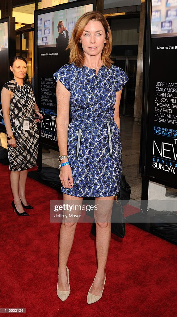 Actress Julianne Nicholson arrives at the Los Angeles premiere of HBO's 'The Newsroom' at ArcLight Cinemas Cinerama Dome on June 20, 2012 in Hollywood, California.