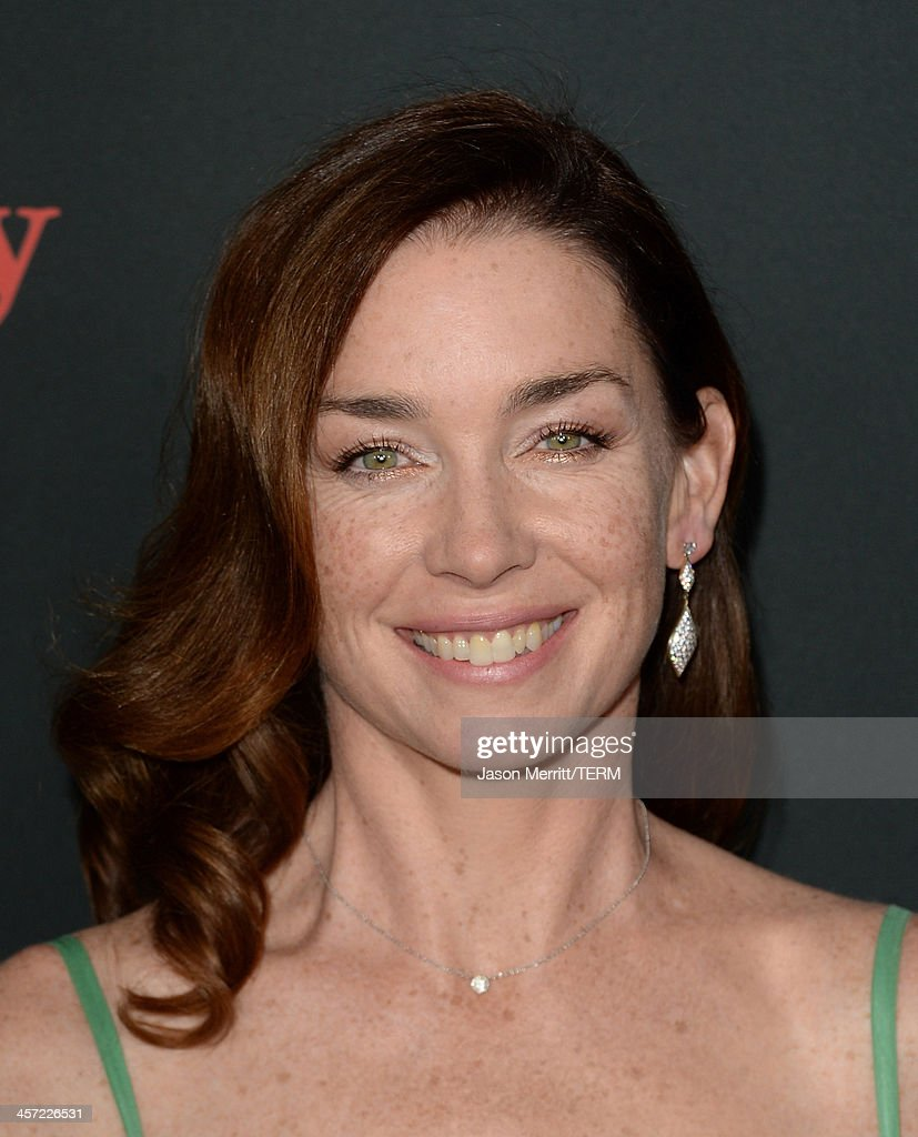 Actress <a gi-track='captionPersonalityLinkClicked' href=/galleries/search?phrase=Julianne+Nicholson&family=editorial&specificpeople=757237 ng-click='$event.stopPropagation()'>Julianne Nicholson</a> arrives at the premiere of The Weinstein Company's 'August: Osage County' at Regal Cinemas L.A. Live on December 16, 2013 in Los Angeles, California.