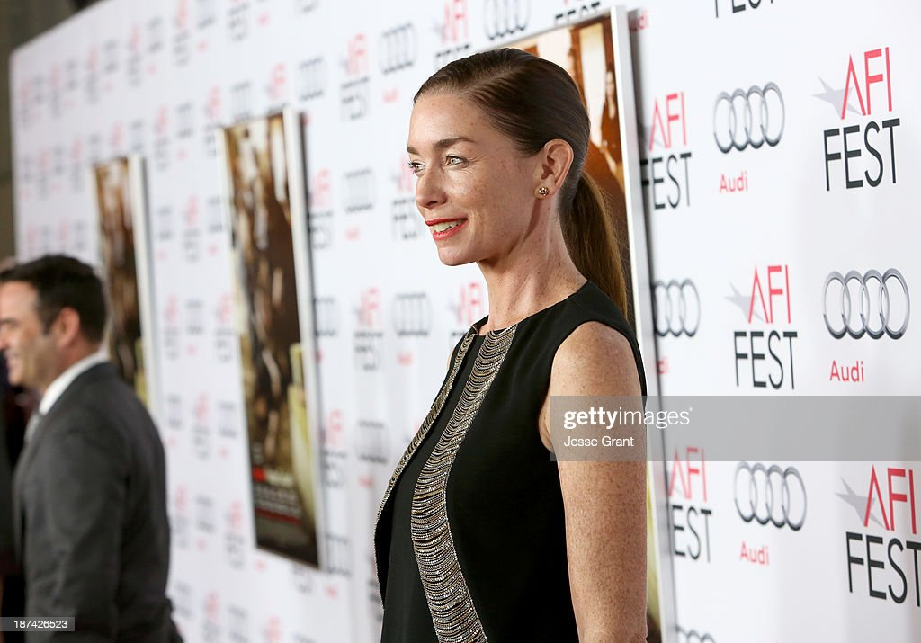 Actress <a gi-track='captionPersonalityLinkClicked' href=/galleries/search?phrase=Julianne+Nicholson&family=editorial&specificpeople=757237 ng-click='$event.stopPropagation()'>Julianne Nicholson</a> attends the premiere of The Weinstein Company's 'August: Osage County' during AFI FEST 2013 presented by Audi at TCL Chinese Theatre on November 8, 2013 in Hollywood, California.