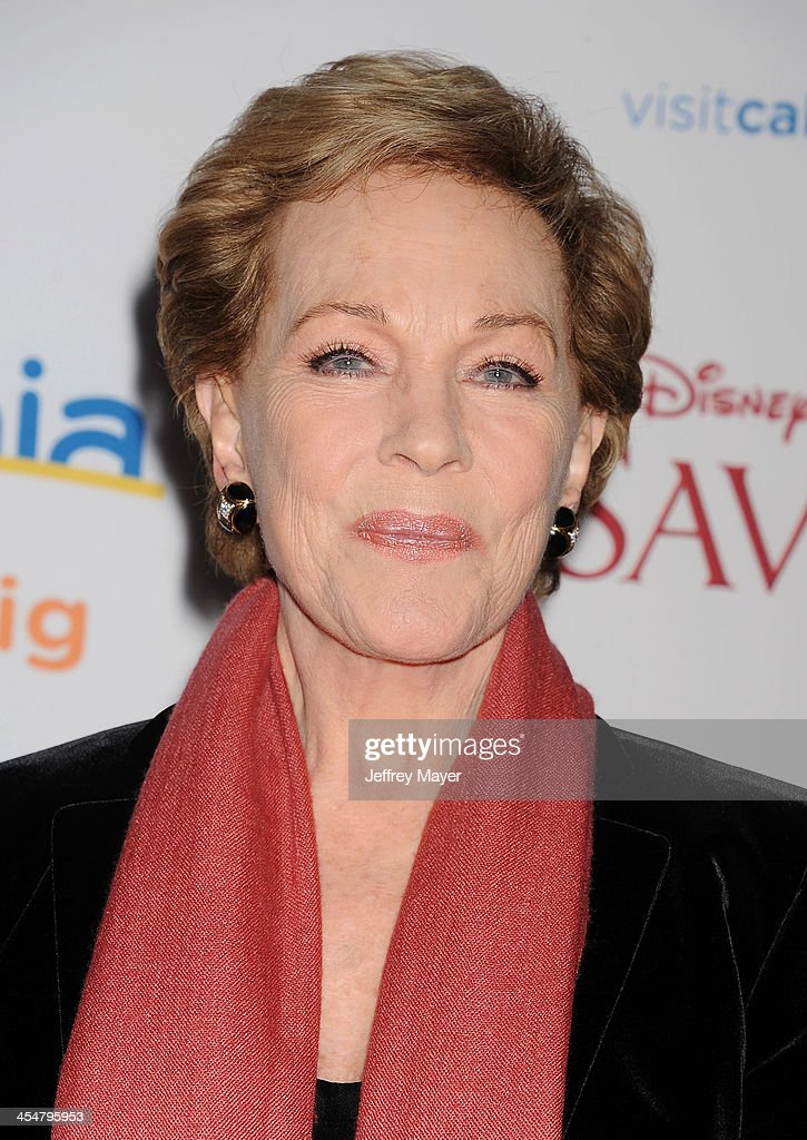 Actress <a gi-track='captionPersonalityLinkClicked' href=/galleries/search?phrase=Julie+Andrews&family=editorial&specificpeople=93639 ng-click='$event.stopPropagation()'>Julie Andrews</a> arrives at the 'Saving Mr. Banks' - Los Angeles Premiere at Walt Disney Studios on December 9, 2013 in Burbank, California.