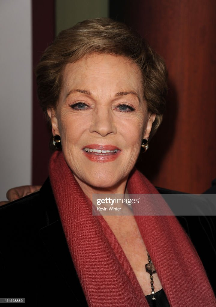 Actress <a gi-track='captionPersonalityLinkClicked' href=/galleries/search?phrase=Julie+Andrews&family=editorial&specificpeople=93639 ng-click='$event.stopPropagation()'>Julie Andrews</a> attends the U.S. premiere of Disney's 'Saving Mr. Banks', the untold backstory of how the classic film 'Mary Poppins' made it to the screen, at the Walt Disney Studios on December 9, 2013 in Burbank, California. The film opens this Holiday season.