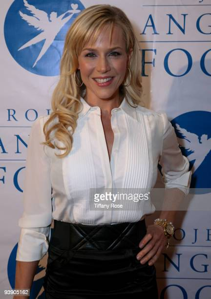 Actress Julie Benz arrives at the 17th Annual Devine Design To Benefit Project Angel Food at The Beverly Hilton Hotel on December 3 2009 in Beverly...