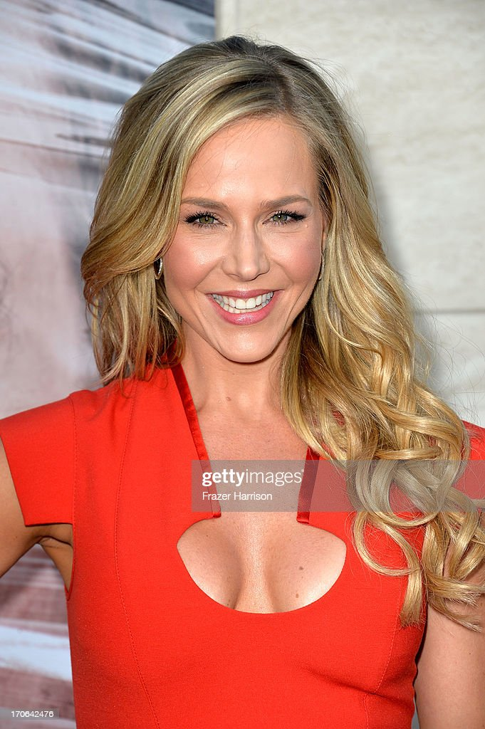 Actress <a gi-track='captionPersonalityLinkClicked' href=/galleries/search?phrase=Julie+Benz&family=editorial&specificpeople=217554 ng-click='$event.stopPropagation()'>Julie Benz</a> arrives at the Showtime Celebrates 8 Seasons Of 'Dexter' at Milk Studios on June 15, 2013 in Hollywood, California.