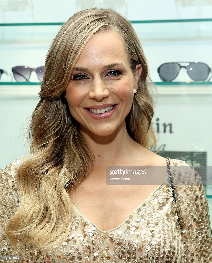 Actress Julie Benz attends the Grand Opening of The Eye Gallery In Los Angeles on December 6, 2012 in Los Angeles, California.