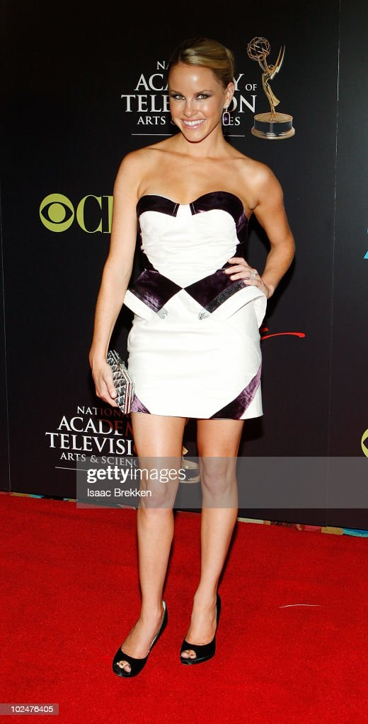 Actress <a gi-track='captionPersonalityLinkClicked' href=/galleries/search?phrase=Julie+Berman&family=editorial&specificpeople=867897 ng-click='$event.stopPropagation()'>Julie Berman</a> arrives at the 37th Annual Daytime Entertainment Emmy Awards held at the Las Vegas Hilton on June 27, 2010 in Las Vegas, Nevada.