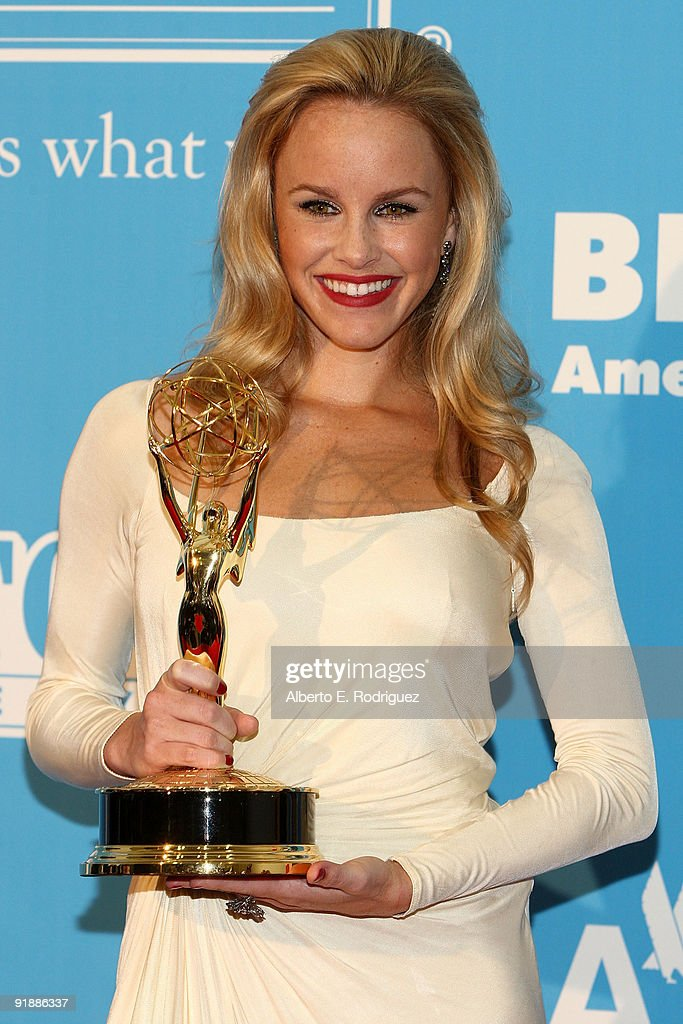 Actress Julie Berman poses in the press room during the 36th Annual Daytime Emmy Awards at The Orpheum Theatre on August 30, 2009 in Los Angeles, California.