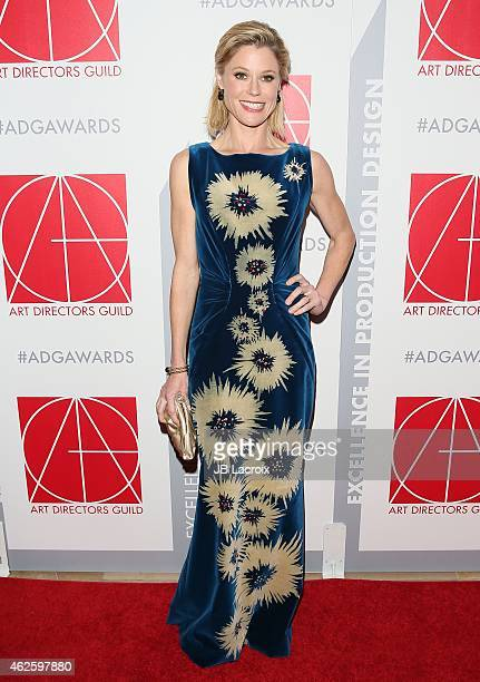 Actress Julie Bowen arrives at the 19th Annual Art Directors Guild Excellence In Production Design Awards at The Beverly Hilton Hotel on January 31...