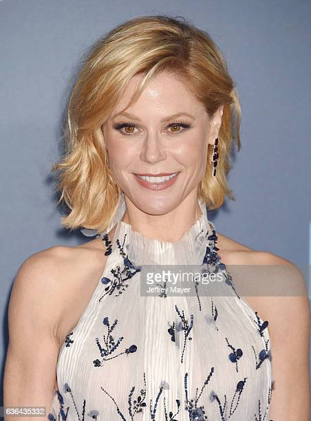 Actress Julie Bowen arrives at The 22nd Annual Critics' Choice Awards at Barker Hangar on December 11 2016 in Santa Monica California