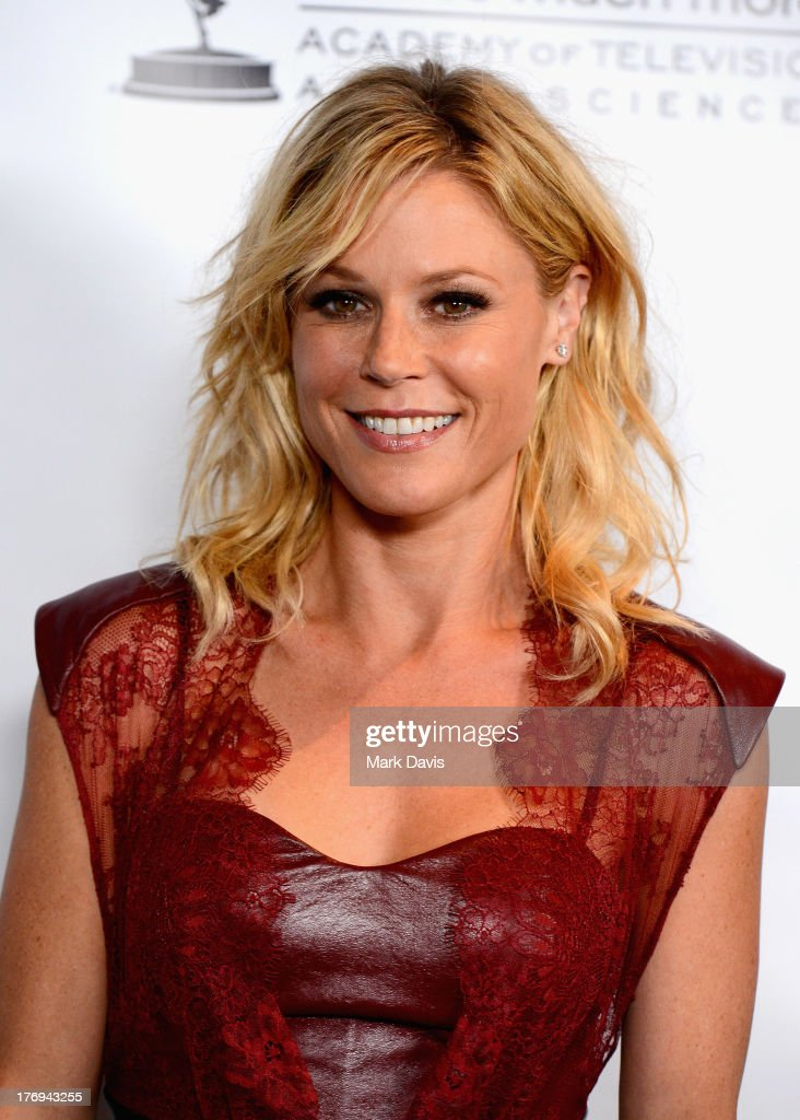 Actress <a gi-track='captionPersonalityLinkClicked' href=/galleries/search?phrase=Julie+Bowen&family=editorial&specificpeople=244057 ng-click='$event.stopPropagation()'>Julie Bowen</a> arrives at the Academy of Television Arts & Sciences' Performers Peer Group cocktail reception to celebrate the 65th Primetime Emmy Awards at Sheraton Universal on August 19, 2013 in Universal City, California.