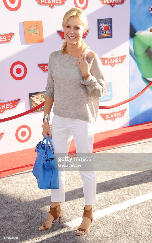 Actress <a gi-track='captionPersonalityLinkClicked' href=/galleries/search?phrase=Julie+Bowen&family=editorial&specificpeople=244057 ng-click='$event.stopPropagation()'>Julie Bowen</a> arrives at the Los Angeles premiere of 'Planes' at the El Capitan Theatre on August 5, 2013 in Hollywood, California.