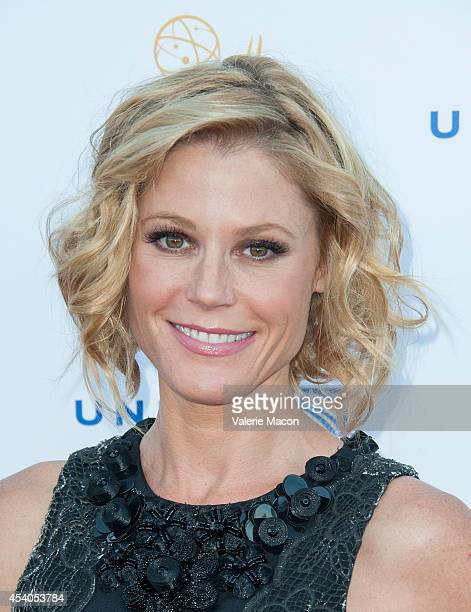 Actress Julie Bowen arrives at the Television Academy's 66th Annual Emmy Awards Performers Nominee Reception at Spectra by Wolfgang Puck at the...