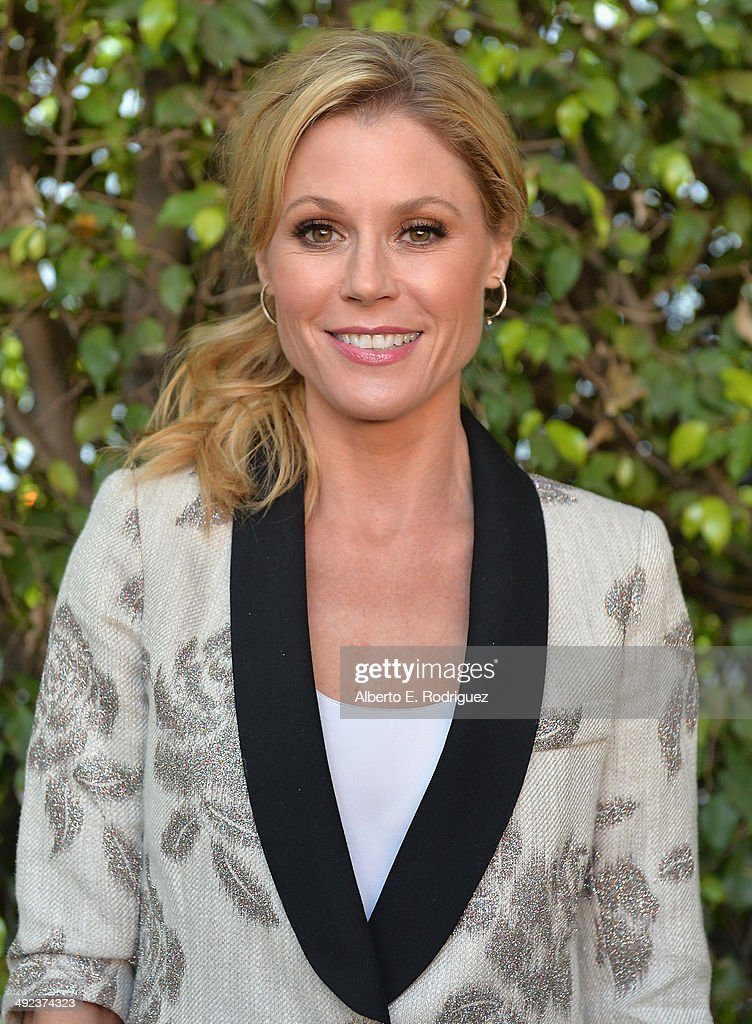 Actress <a gi-track='captionPersonalityLinkClicked' href=/galleries/search?phrase=Julie+Bowen&family=editorial&specificpeople=244057 ng-click='$event.stopPropagation()'>Julie Bowen</a> attends a 'Modern Family' Wedding episode screening at Zanuck Theater at 20th Century Fox Lot on May 19, 2014 in Los Angeles, California.