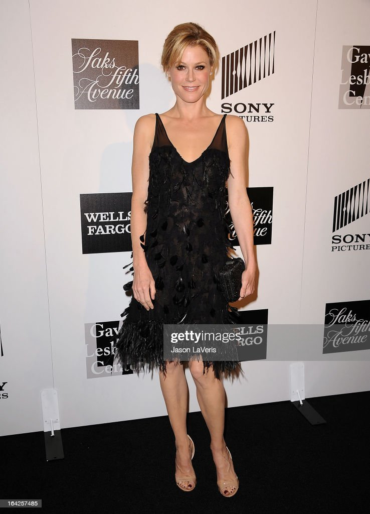 Actress <a gi-track='captionPersonalityLinkClicked' href=/galleries/search?phrase=Julie+Bowen&family=editorial&specificpeople=244057 ng-click='$event.stopPropagation()'>Julie Bowen</a> attends 'An Evening' benefiting The L.A. Gay & Lesbian Center at the Beverly Wilshire Four Seasons Hotel on March 21, 2013 in Beverly Hills, California.