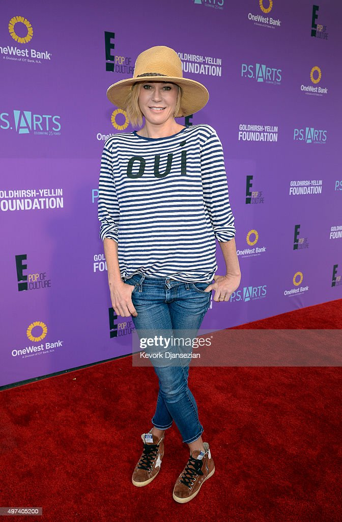 Actress Julie Bowen attends Express Yourself 2015 to benefit PS ARTS providing arts education to 25000 public school students each week at Barker...