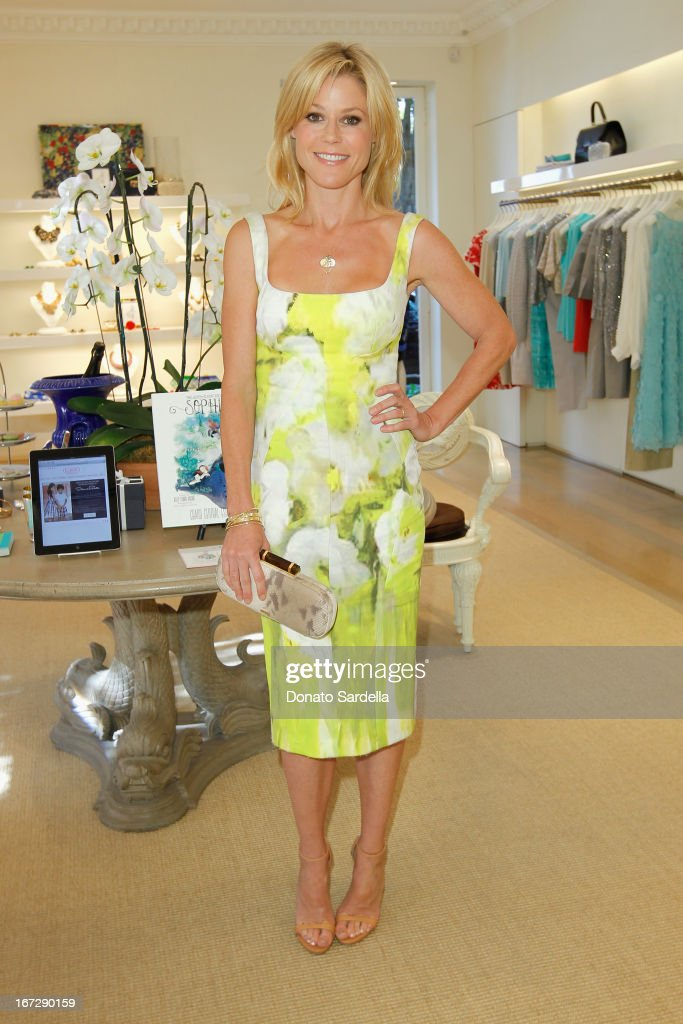 Actress Julie Bowen attends Oscar de le Renta and author Kelly Florio Kasouf invite children to shop the Spring 2013 Collections and Limited Edition 'Sophie Party Dress' at Oscar de La Renta Boutique on April 23, 2013 in West Hollywood, California.