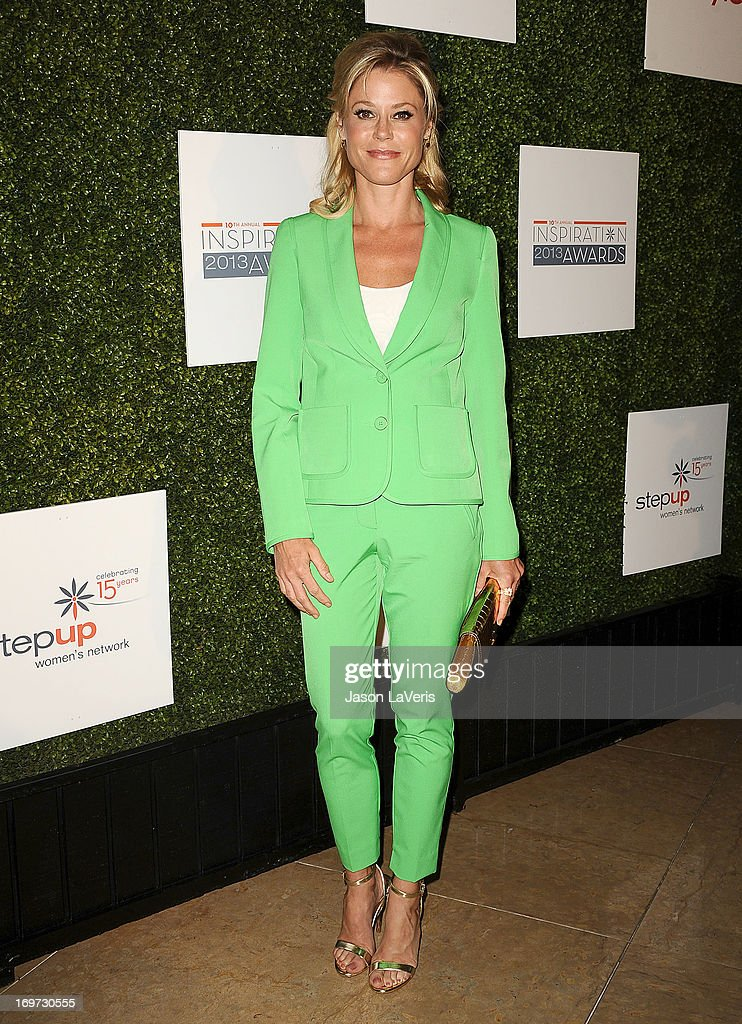 Actress <a gi-track='captionPersonalityLinkClicked' href=/galleries/search?phrase=Julie+Bowen&family=editorial&specificpeople=244057 ng-click='$event.stopPropagation()'>Julie Bowen</a> attends Step Up Women's Network 10th annual Inspiration Awards at The Beverly Hilton Hotel on May 31, 2013 in Beverly Hills, California.