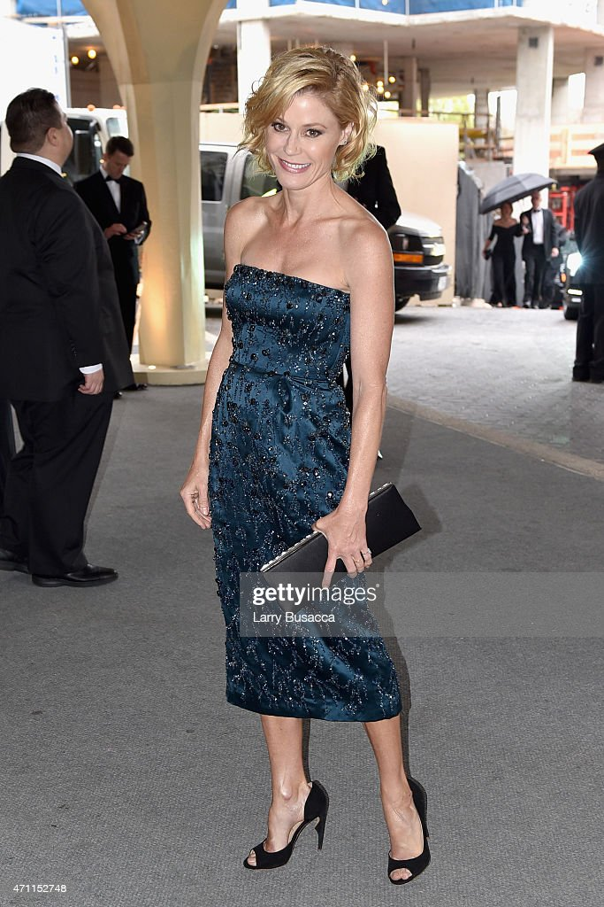 Actress Julie Bowen attends the 101st Annual White House Correspondents' Association Dinner at the Washington Hilton on April 25, 2015 in Washington, DC.